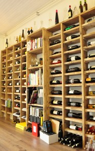 Wijnkast annex boekenkast