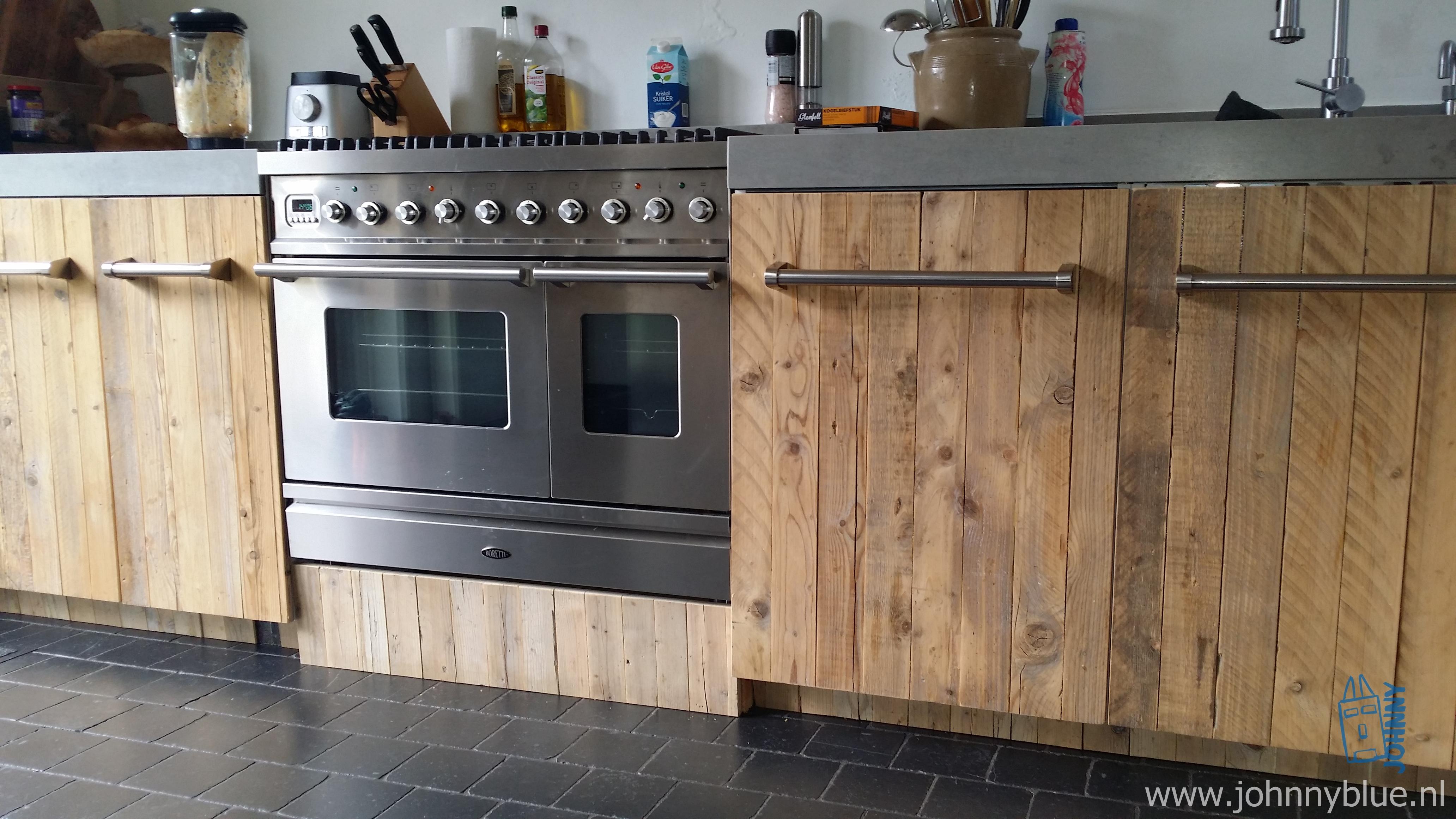 Keuken natalie johnnyblue for Steigerhout wandmeubel